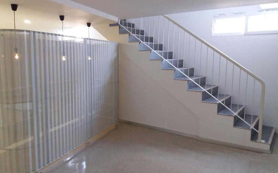 Escaleras para sotanos awesome escaleras para teatros - Escaleras para sotanos ...